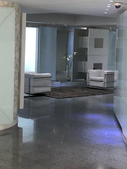 Lujoso Apartamento En Alquiler En Las Mercedes