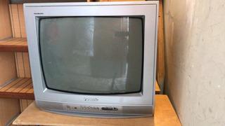 Televisor Panasonic 31 Pulgadas Más Soporte De Pared