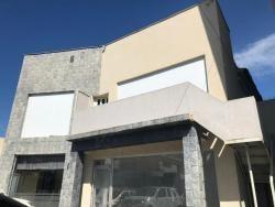 Casa Comercial En El Viñedo. Wc