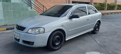 Imagem 1 de 15 de Chevrolet Astra 2.0 8v 3p 2003