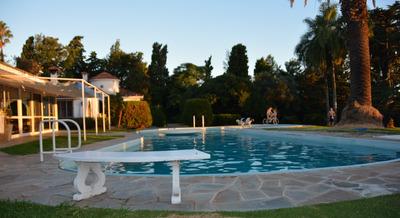 Gran Casa Con Parque Y Piscina,vista Al Rio Y Pasos De Playa