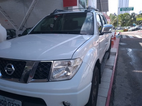 Nissan Frontier 2.5 Strike Cab. Dupla 4x4 4p