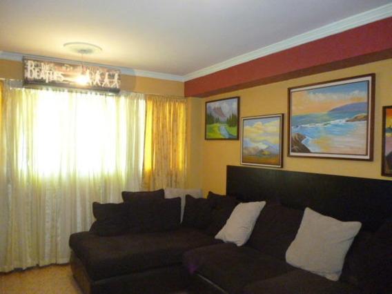 Apartamento En Venta Zona Oeste Barquisimeto 20-3319 A&y