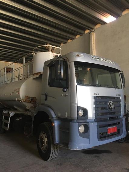 Volkswagem 31-320 6x4 Ano 2010/2011 Pipa Gascom