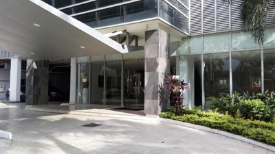 Vendo Apartamento #19-5572 **hh** En Costa Del Este