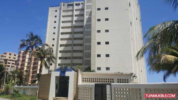 Apartamentos En Venta Mls #19-15140