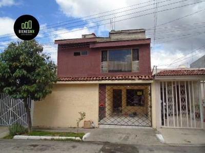 Casa En Col.independencia, A Unos Pasos Del Estadio Jalisco