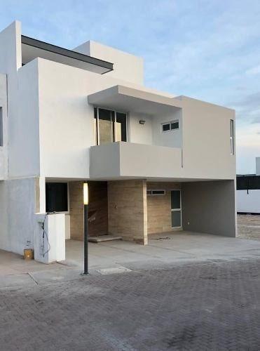 Se Vende Residencia De Autor En La Vista Residencial, 4ta Rec En Pb, Alberca,.