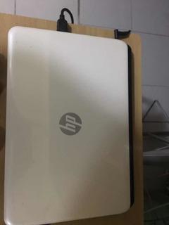 Laptop Color Blanco 5,000 Pesos