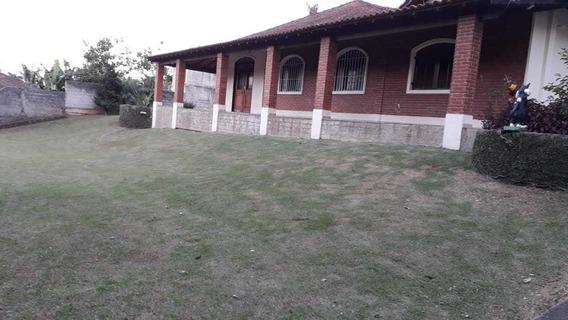 Chácara No Bairro Lagoa