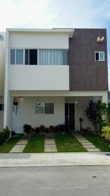 Hermosa Y Amplia Casa De 3 Recama En El Caribe Mexicano