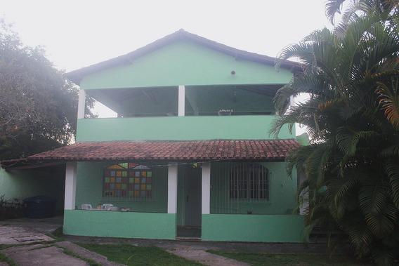 Casa Mobiliada Com Terraço Com Vista Para O Mar