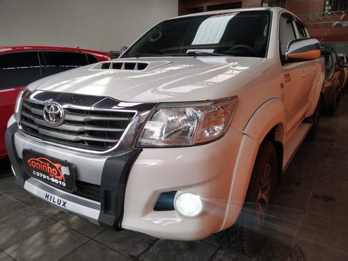 Toyota Hilux Cabine Dupla Hilux 3.0 Tdi 4x4 Cd Std 2015