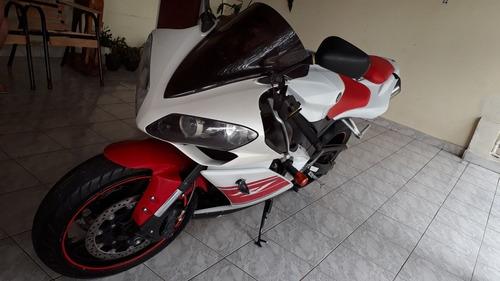 Yamaha Yzf R1 1000cc Yamaha