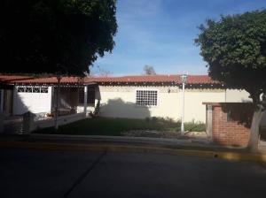 Town En Venta Fuerzas Armadas Sumy Hernandez 04141657555
