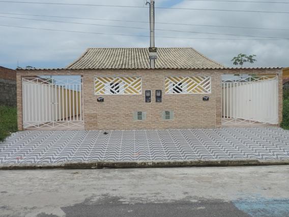 Casa Á Venda Na Praia De Mongaguá