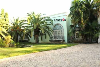 Lujosa Y Amplia Casa De Un Piso En Venta En Zona Norte De Mérida.