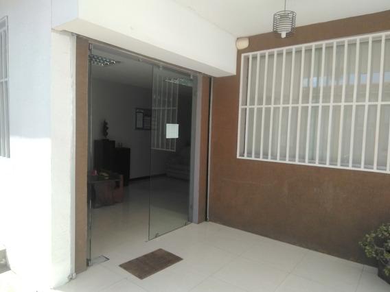 Oficina En Alquiler Barquisimeto 20 11624 J&m 04121531221