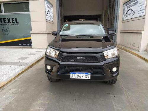 Toyota Hilux 2.8 Cd Srv 177cv 4x2 2017