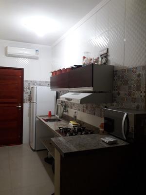 Flat Em Condominio