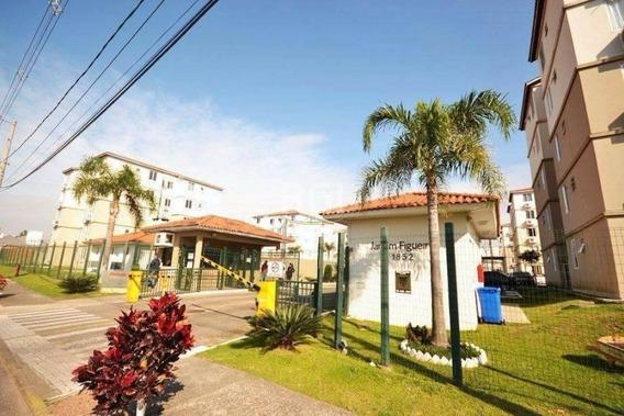 Apartamento Em Rio Branco Com 2 Dormitórios - Vz4726