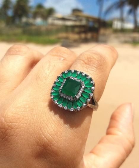 Anel Com Pedra Verde Esmeralda Folheado Em Ródio Negro