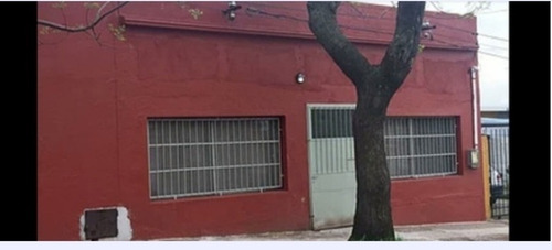 Local Comercial 300 Metros Cuadrados, Se Vende O Permuta
