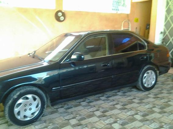 Honda Civic 1.6 Lx Automático Baixa Kilometragem 3 Dono. 4p