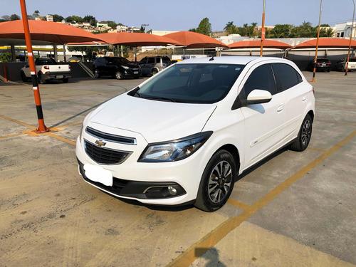 Imagem 1 de 15 de Chevrolet Onix 2015 1.4 Ltz 5p