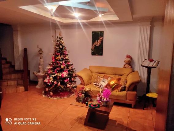 Casa En Alquiler Villa Escondida