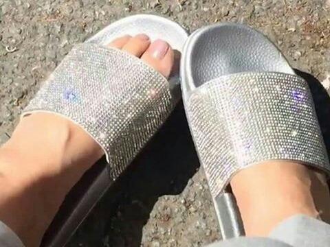 Sandalias De Pedreria Y Escarchadas