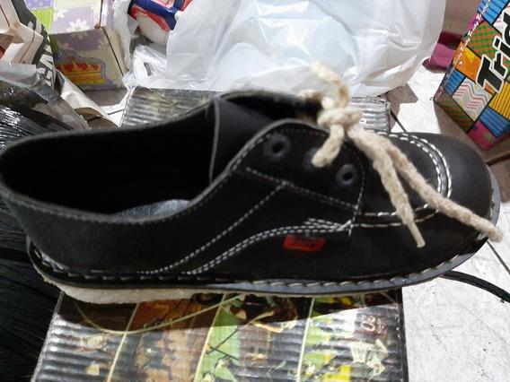 Zapato Colegial Con Cordones Base De Neopren