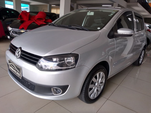 Volkswagen Fox Trend 1.0 8v 5 Pts