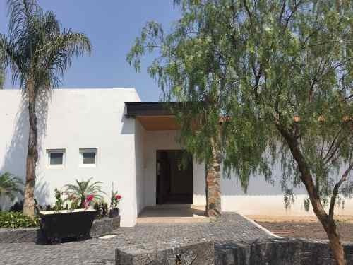 Casa En Venta De 1 Planta En Balvanera Polo & Country Club