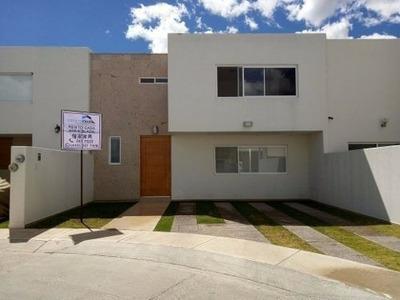 Casa Amueblada En Renta Al Sur Disponible Enero 2019