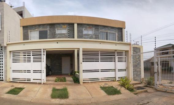 Townhouse Venta Delicias Norte Maracaibo Api 30656 Gc