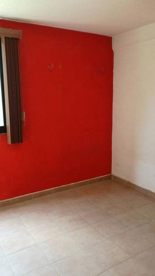 Departamento En Renta Las Jacarandas, Arcos Del Alba