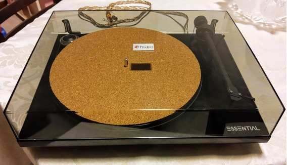 Toca Discos Pro-ject Essential Iii