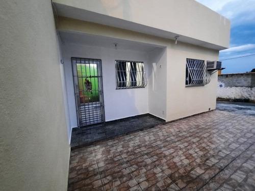 El8 Bela Casa No Coelho !!! Ótima Localização !!!