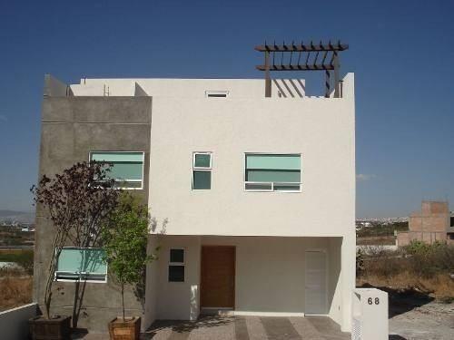 Se Vende Hermosa Casa En Punta Esmeralda, Terreno 145 M2, Co