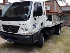 Mercedes -benz Accelo 815 /37 Auxilio Con Plancha 2016 .
