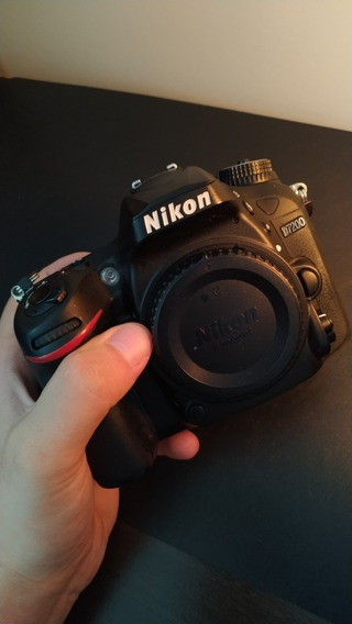 Camera Nikon D7200 + Sd 16gb (3000 A Vista)