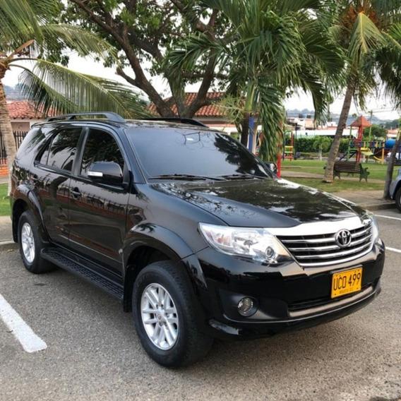 Toyota Fortuner Urbana 2015