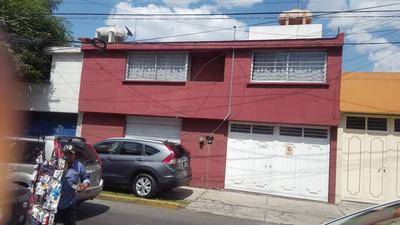 Venta Casa En Col. Doctores, Santos Degollado Esq Isidro F