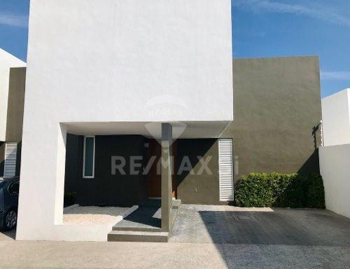Renta Casa Juriquilla Santa Fe
