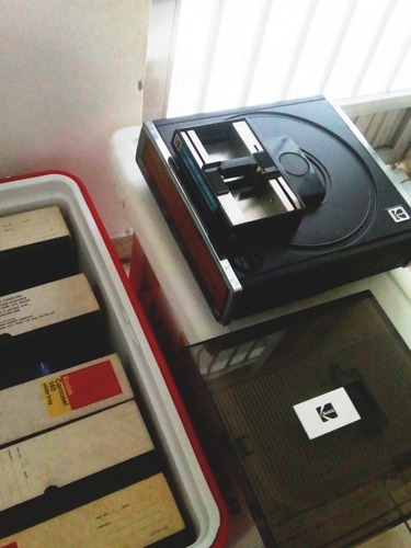 Projetor De Slides Antigo Kodak Carousel Falta Lente