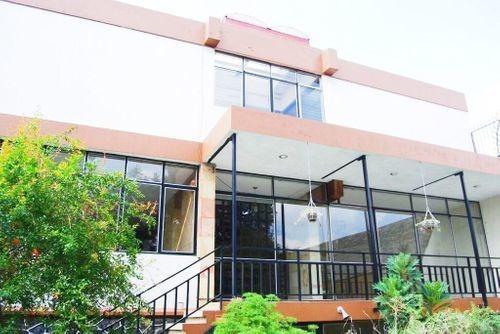Casa En Venta En Uruapan Centro