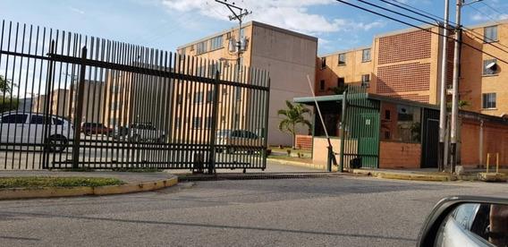 Apartamento En Venta Cod, 416064 Hilmar Rios 0414 4326946
