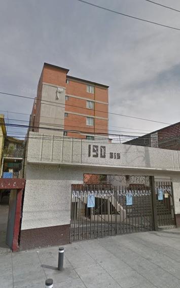 Departamento En Colonia Artes Gráficas