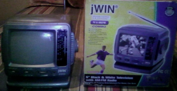 Mini Tv Portatil 5 Con Radio Am Fm - Jwin